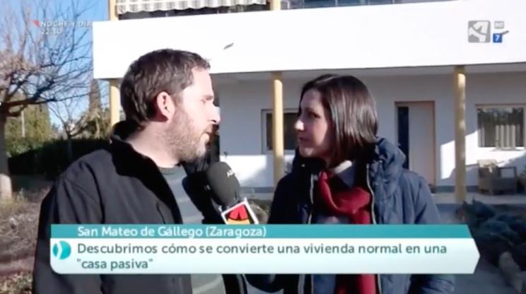 Explicamos en Aragón TV cómo rehabilitamos una casa mediante el estándar Enerphit Passivhaus para ahorrar energía y lograr un alto nivel de confort.